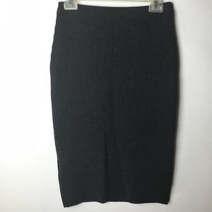 PRADA | Gray Wool Knit Pencil Skirt Size 44 EU